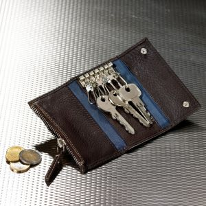 Keypurse with 6 hooks